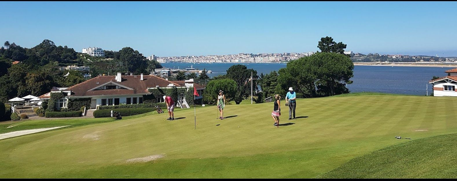 Your golf holiday in France comes complete with great weather.